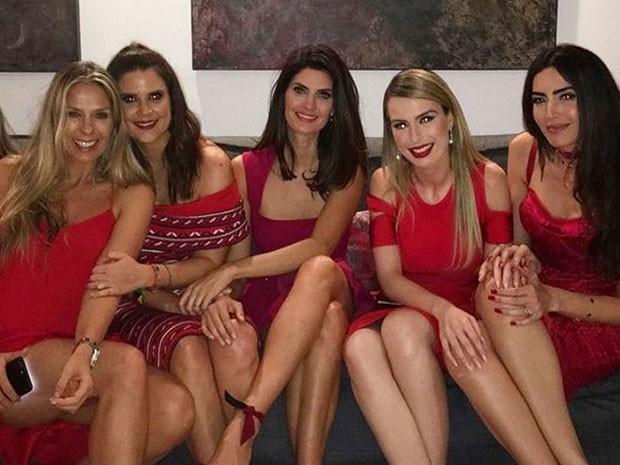 Adriane Galisteu, Mariana Kupfer, Isabella Fiorentino, Fernanda Keulla e Iara Maria em festa em São Paulo (Foto: Instagram/ Reprodução)
