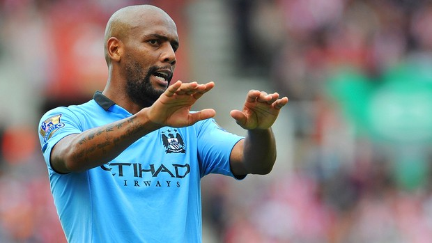 Maicon, Stoke City x Manchester City (Foto: Agência Getty Images)
