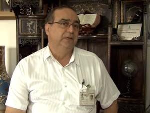 Médico da Santa Casa de Santos explica o caso de Márcia (Foto: Reprodução/TV Tribuna)
