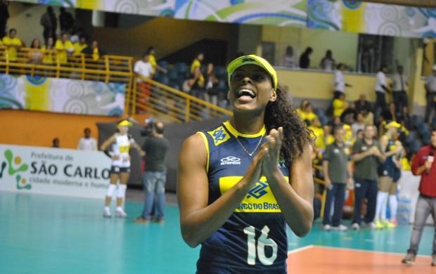 Fernanda Garay, aniversariante (Foto: Éwerton Araujo / Globoesporte.com)
