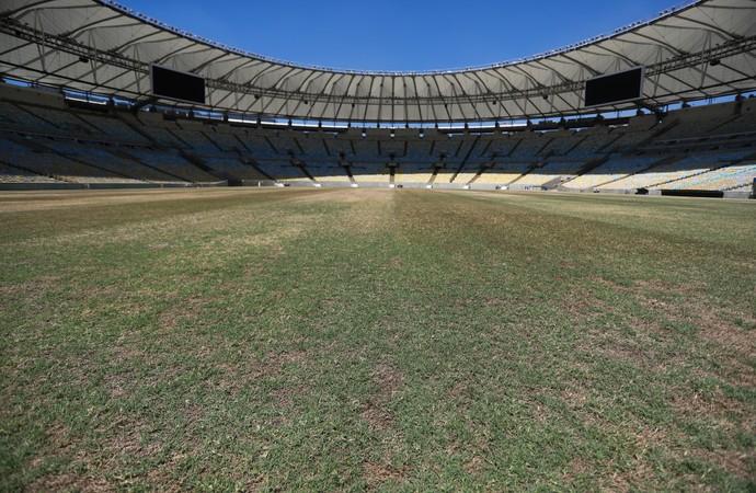 Estado do gramado do Maracanã no dia 23/02 (Foto: Staff Images)