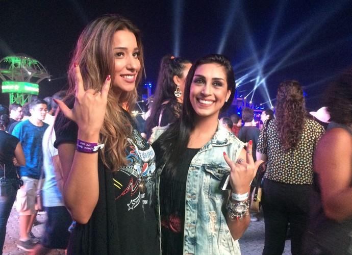 Ex-BBBs  Amanda e Talita curtem Rock in Rio (Foto: Tatiana Machado/Gshow)