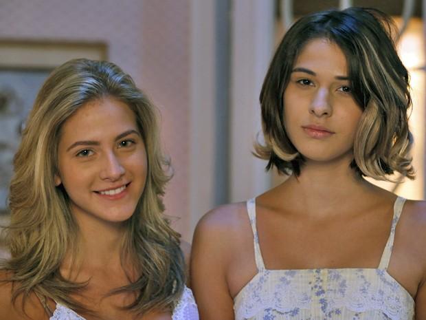 As atrizes caracterizadas como Kitty e Samantha mais novas (Foto: Ellen Soares / Gshow)