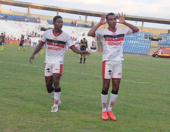 Fabiano e Eduardo River-PI x Interporto (Foto: Emanuele Madeira/GloboEsporte.com)