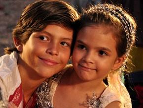 Rita e Batata (Foto: Avenida Brasil/TV Globo)