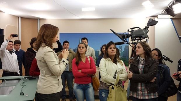 Alunos interagiram com os profissionais da RPC TV durante o workshop (Foto: Divulgação/RPC TV)
