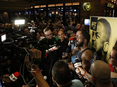 Jon Jones; treino aberto; UFC 197 (Foto: Evelyn Rodrigues)