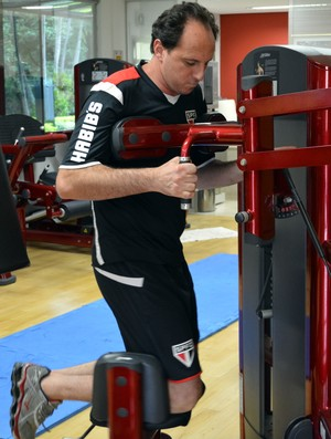 Rogério Cen faz treino físico no Reffis do São Paulo (Foto: Érico Leonan / saopaulofc.net)