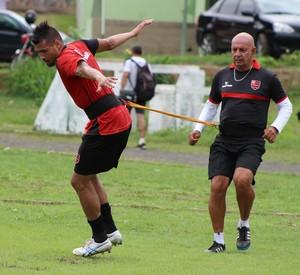 treino Flamengo-PI CFAP, Juliano (Foto: Abdias Bideh/GloboEsporte.com)