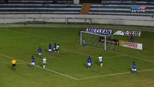 Desconfortável com jejum no Guarani, Fumagalli confia em gol na hora certa