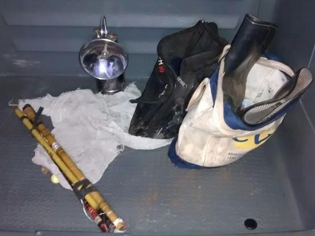 Objetos de pescaria usados por idoso foram encontrados em Rio Claro (Foto: Aristeu Gomes/Canal Rio Claro)
