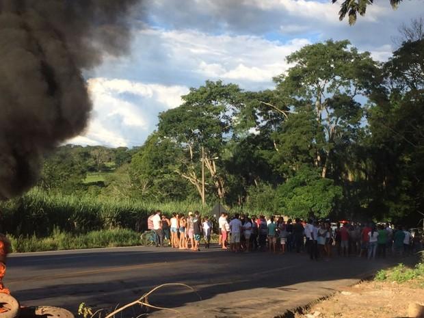 Moradores afirmam que não há policiamento em Claudinápolis Goiás (Foto: Francielle Fernandes/Arquivo pessoal)