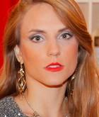 Carla (Natália Vidall)
