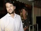 Marcelo Serrado se estranha com humorista Evandro Santo em festa