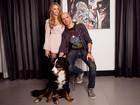 Blogueira de moda, Isabella Scherer veste o pai, Fernando, em três looks estilosos