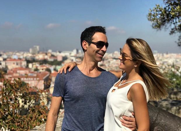 César Tralli e Ticiane Pinheiro posam no Castelo de São Jorge (Foto: Reprodução/Instagram)