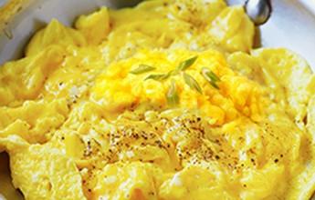 Mexido, estrelado, omelete... Confira o jeito mais saudável de consumir o ovo