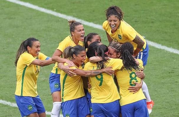 Seleção feminina brasileira (Foto: Reprodução Instagram @martavsilva10)