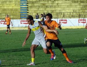 Jogo-treino Santa Cruz x Timbaúba (Foto: Pedro Costa/Globoesporte.com/PE)