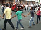 Manifestantes ocupam Frei Serafim contra aumento da tarifa de ônibus