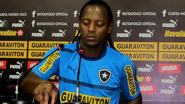 Andrezinho botafogo coletiva (Foto: Raphael Marinho / Globoesporte.com)