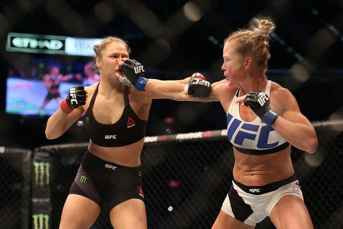 Ronda Rousey e Holly Holm (Foto: Getty Images)