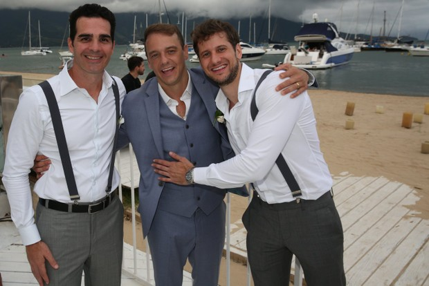 Rogério Padovan com o ex-BBB Ralf Krause e o irmão  (Foto: Denilson Santos e Raphael Castello/AgNews)