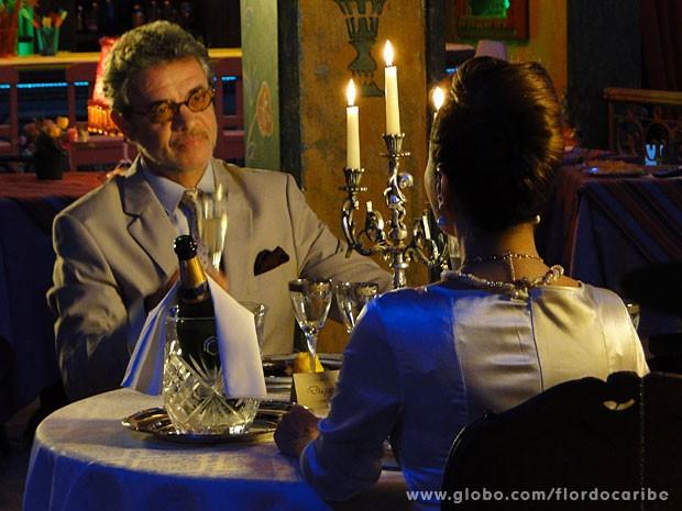 Duque pede Guiomar em Casamento (Foto: Flor do Caribe/TV Globo)