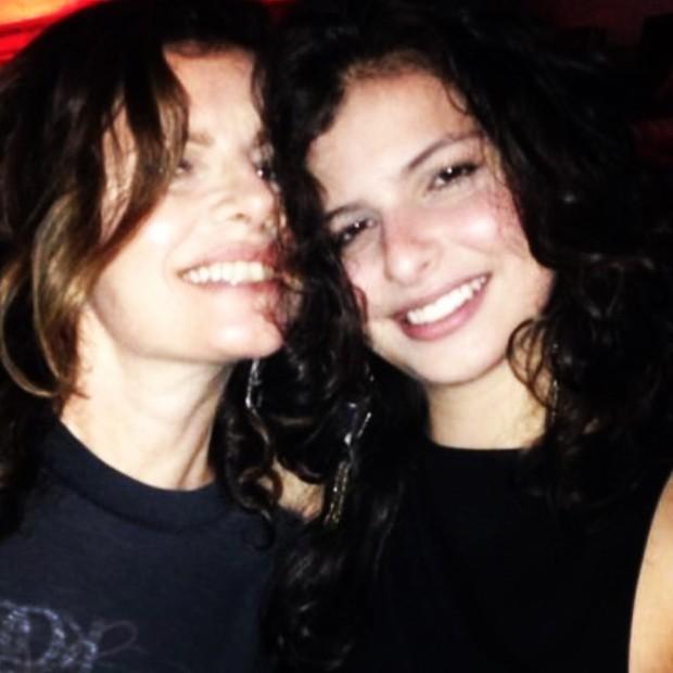 Débora Bloch com a filha (Foto: Reprodução/Instagram)