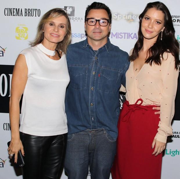 Paula Burlamaqui, Emílio Orciollo Neto e Nathalia Dill (Foto: Thiago Duran/AgNews)