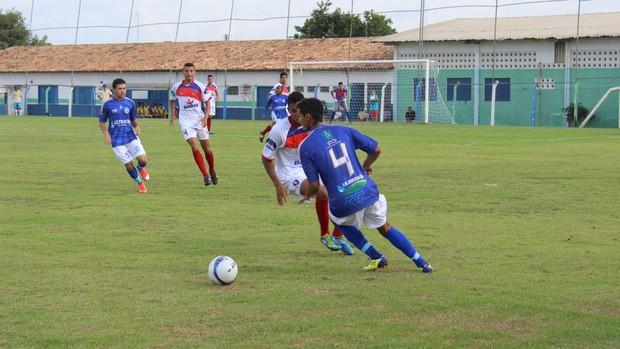 Barras e Parnahyba, primeira rodada do Campeonato Piauiense (Foto: Josiel Martins)
