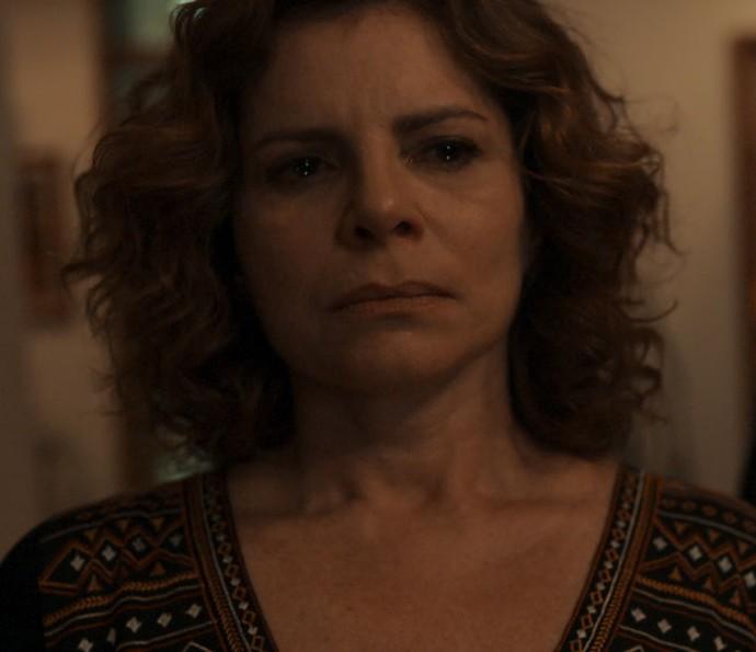 Elisa tem ataque de fúria com presença de Vicente (Foto: TV Globo)