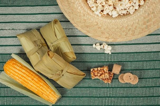 Pipoca, milho cozido, canjica... Qual quitute de festa junina é o seu predileto, hein?! (Foto: Thinkstock)