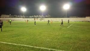 serra talhada x Atlético-PE (Foto: Ednaldo Tavares)