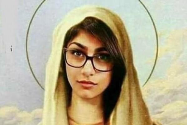 O rosto de Mia Khalifa sobre uma foto da Virgem Maria (Foto: Reprodução instagram)