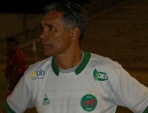 Betão, técnico do Serrano-PB (Foto: Silas Batista / GloboEsporte.com/pb)