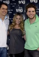 Danielle Winits e Marcello Antony posam nos bastidores do Fashion Rio