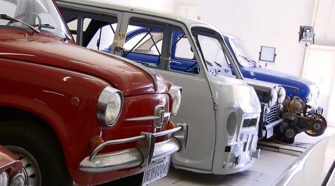 Eugênio Chiti coleciona carros de porte pequeno há 30 anos (Foto: reprodução EPTV)