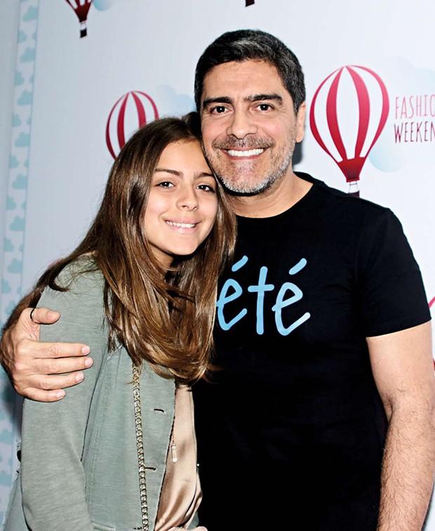 Junno Andrade esteve com a filha, Luana, de 12 anos (Foto: Junno Andrade esteve com a filha, Luana, de 12 anos)