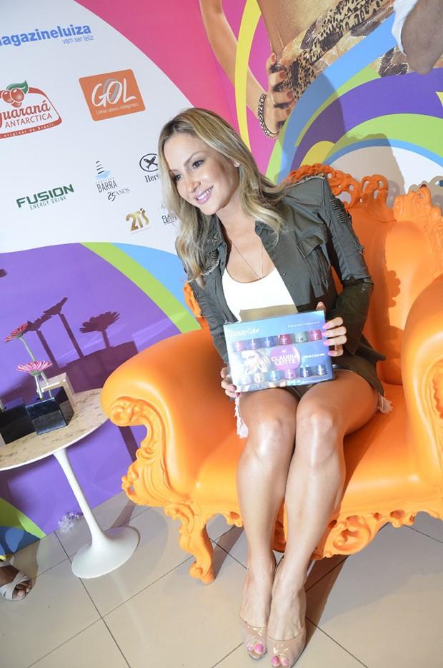 Claudia Leitte em coletiva de imprensa (Foto: Fred Pontes / Divulgação)