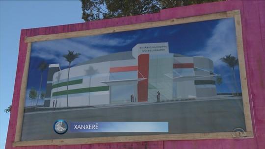 Ordem de serviço para reconstrução do ginásio de Xanxerê é assinada