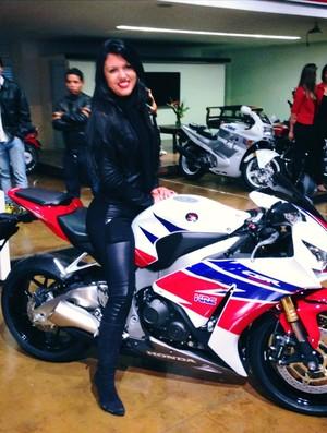 A moto era companheira inseparável da brasiliense Vanessa Daya (Foto: Divulgação/Facebook)