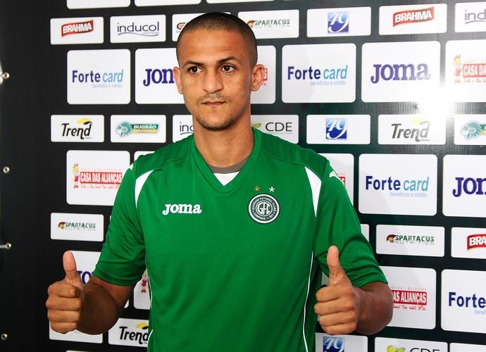 Mateus Alves zagueiro Guarani (Foto: Rodrigo Villalba / Memory Press)