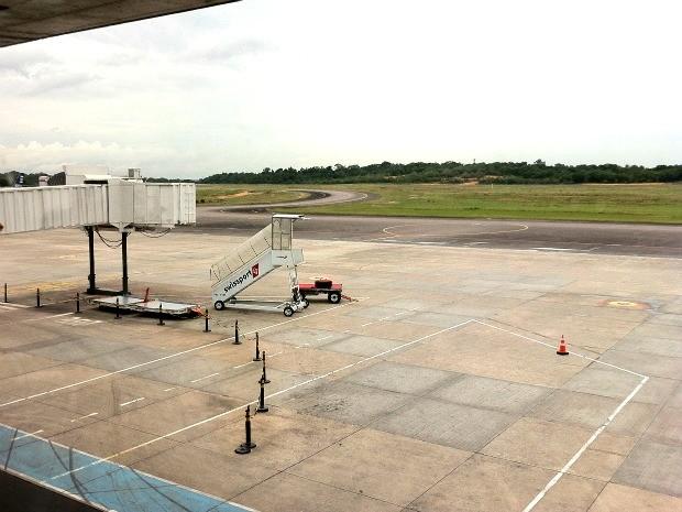 Área de pouso e decolagens do Aeroporto Internacional Eduardo Gomes (Foto: Muniz Neto/G1 AM)