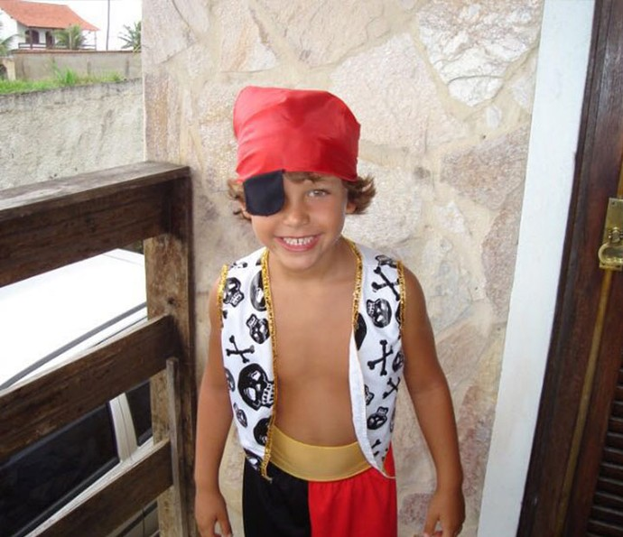 Gabriel Kaufmann em: 'Como ser o pirata mais lindo do Carnaval' (Foto: Arquivo pessoal)