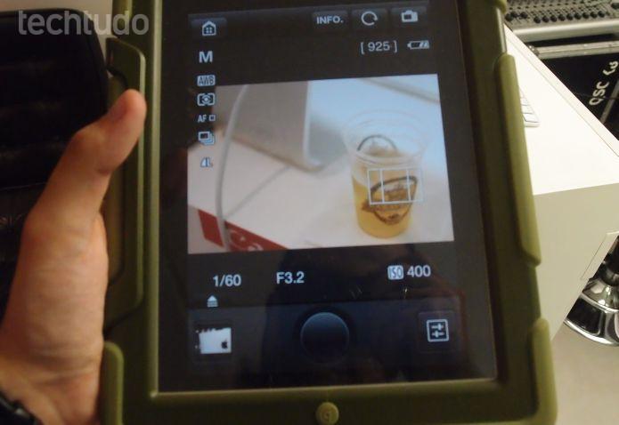 Aplicativo da Canon EOS 70D oferece a opção de travar o foco em um objeto (Foto: Pedro Zambarda/TechTudo)