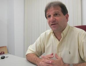 Vice de finanças do Flamengo, Michel Levy fala sobre o balanço de 2011 do clube rubro-negro (Foto: Janir Junior / globoesporte.com)