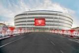 BLOG: Athletic Bilbao decora entrada do San Mamés com imagens do vestiário