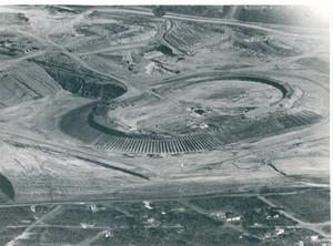 Estádio Governador José Fragelli Verdão em Cuiabá sendo construído (Foto: Arquivo Público de Mato Grosso)