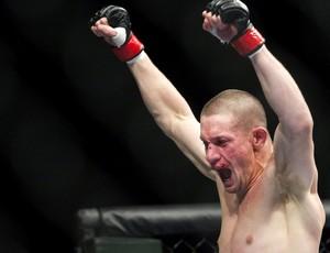 UFC  152 Seth Baczynski e Simeon Thoresen (Foto: Agência AP)